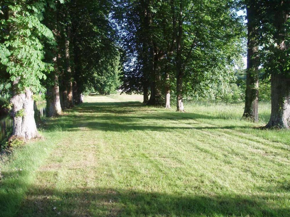 Randonnée sur le GR36 - Château de Saint Loup